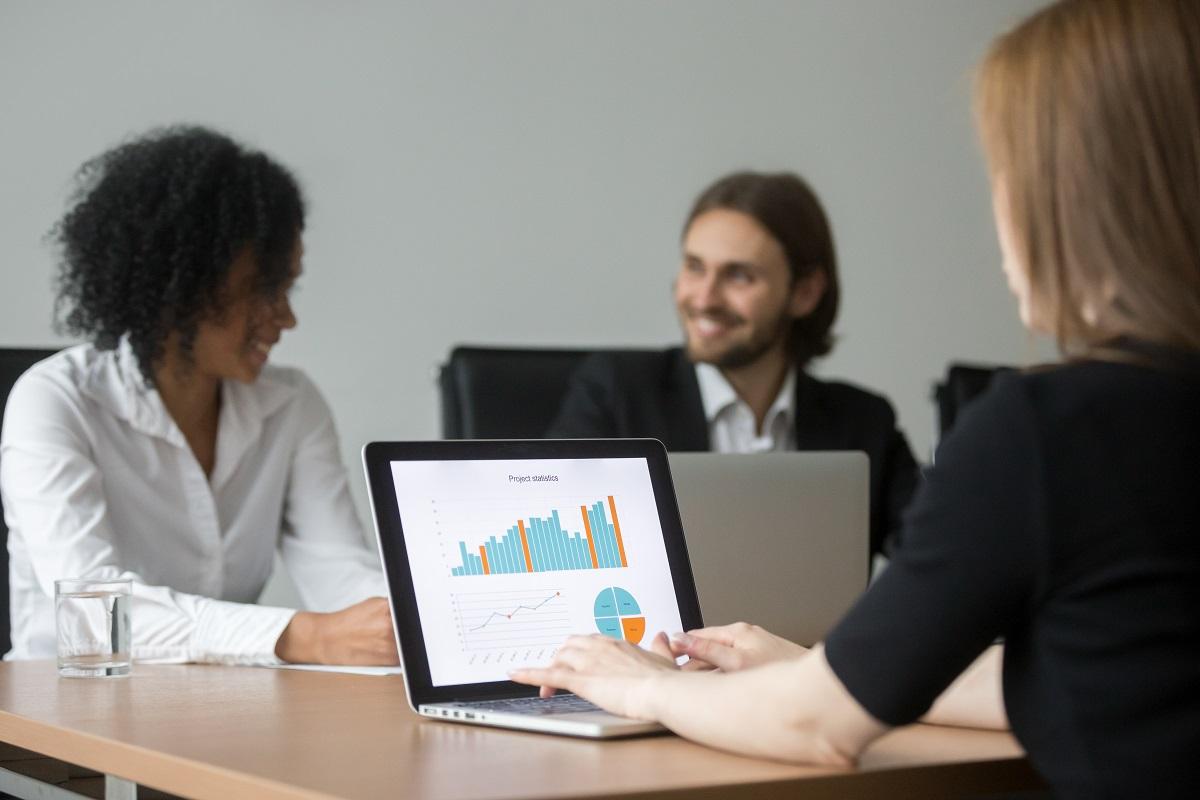 Модели ноутбуков для работы в офисе курсовая работа девушка модель угроз