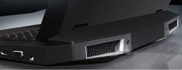 Ноутбук Asus G73JH, вид сзади, решетки выпуска разогретого воздуха