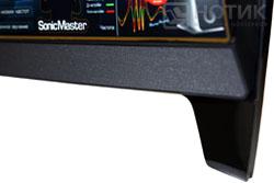 Моноблок ASUS Eee Top PC 2400 INT : решетка, скрывающая динамики