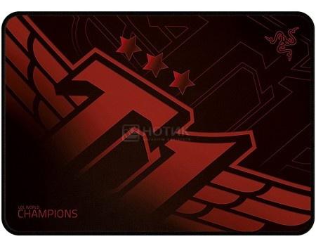 Коврик для мыши игровой Razer Goliathus SKT T1 Speed Medium, Красный/Черный RZ02-01072300-R3M1